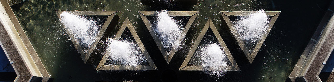 Water Fountain Banner